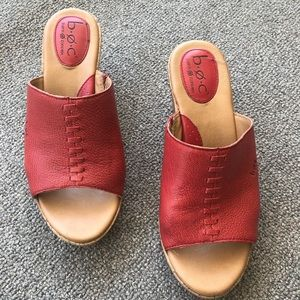 BOC red sandals/wedges EUC